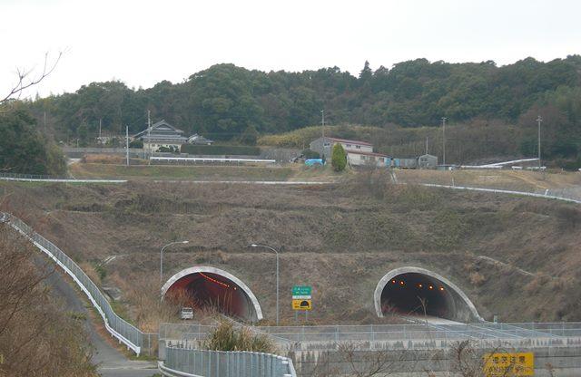 神戸淡路鳴門自動車道16.jpg