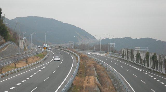 神戸淡路鳴門自動車道17.jpg